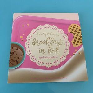 🔥FLASH SALE🔥 Beauty Bakerie palette